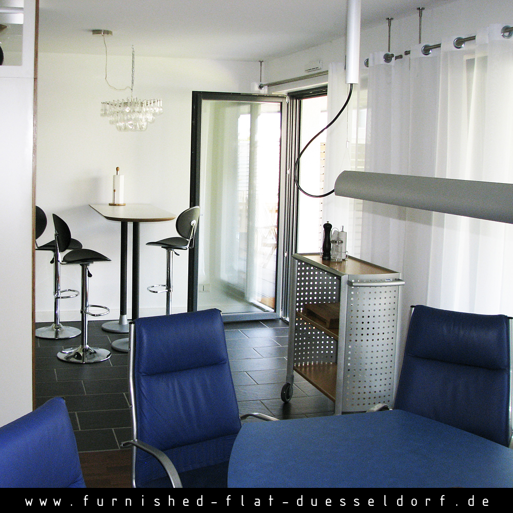 Furnished apartment in Duesseldorf - Kitchen and Table
